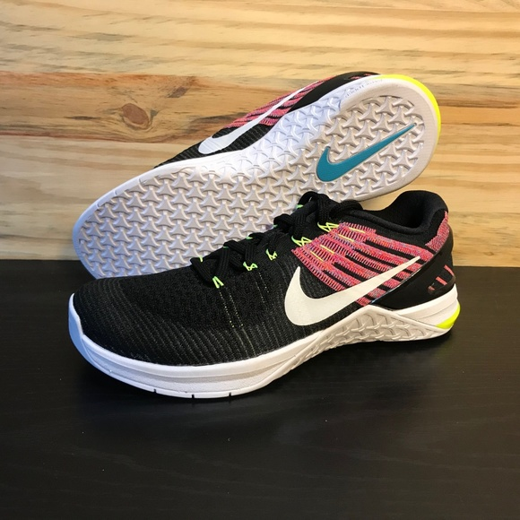 0b94214deba6 Nike Metcon DSX Flyknit Women s Cross Training